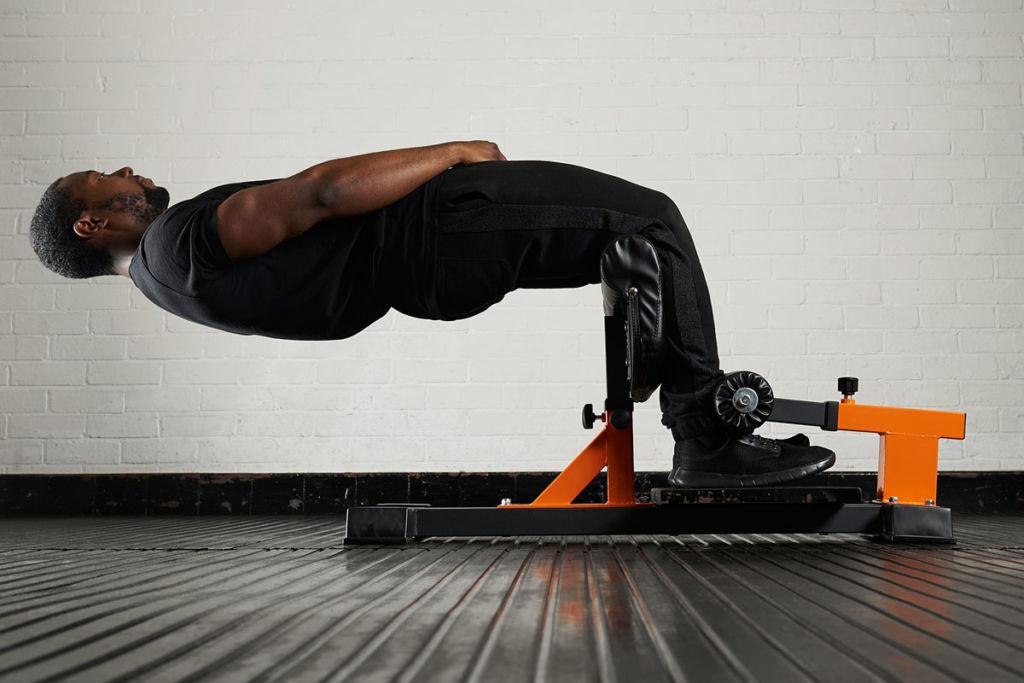 fitness expert uses mirafit sissy squat bench